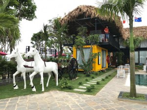 Container Homestay